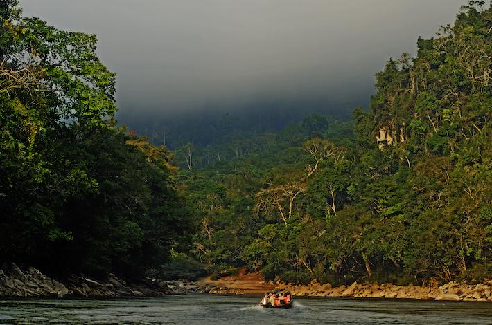 Dentro del Parque Nacional Río Abiseo se puede realizar turismo de aventura como cultural, ya que aloja en su territorio al Gran Pajatén. Crédito: Sernanp.