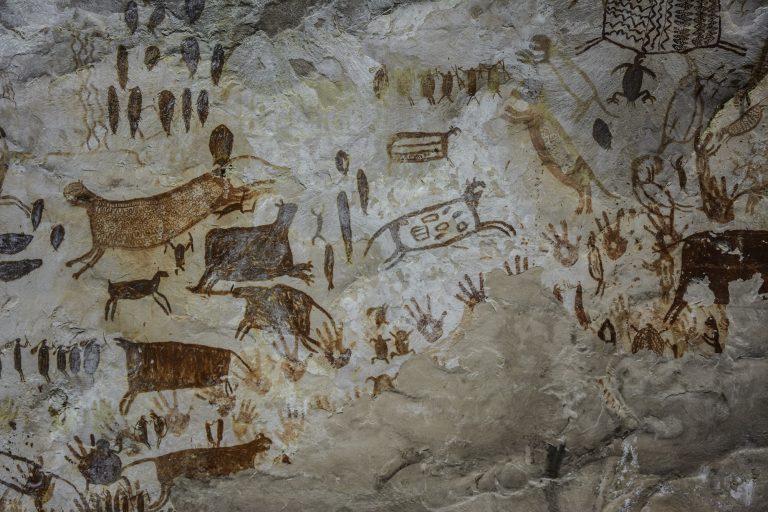 Algunas pinturas rupestres tienen entre 12 000 y 20 000 años. Foto: Parques Nacionales.