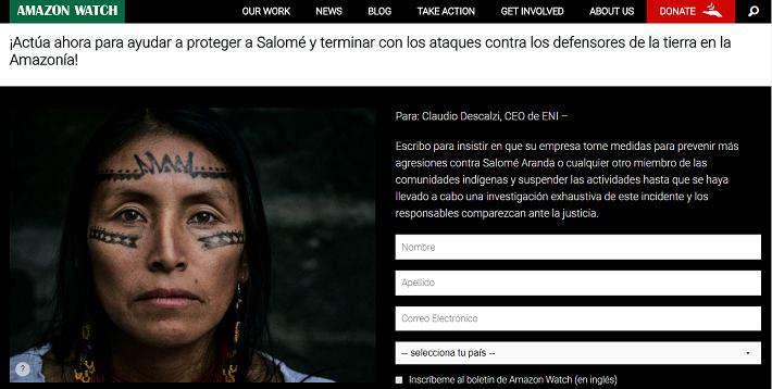 La lideresa Salomé Aranda denunció haber sido víctima de una agresión registrada el 13 de mayo pasado, cuando unos sujetos apedrearon su casa, en Moretecocha, Pastaza. Foto: Captura de portal web de Amazon Watch.