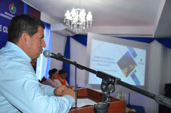 El ministro de Hidrocarburos, Luis Sanchez, durante la presentación pública del informe de la gestión 2017. Foto: YPFB
