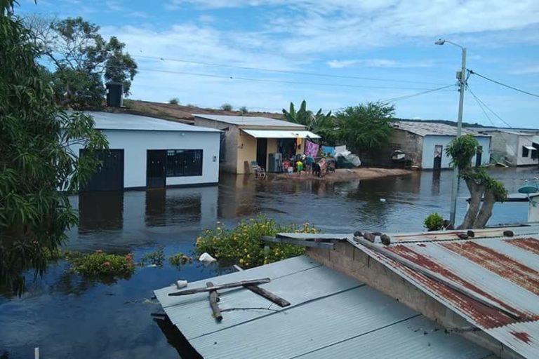 Departamentos como Guainía y Vichada están inundados desde julio. Foto: Twitter Nazly Cuevas @nazly927