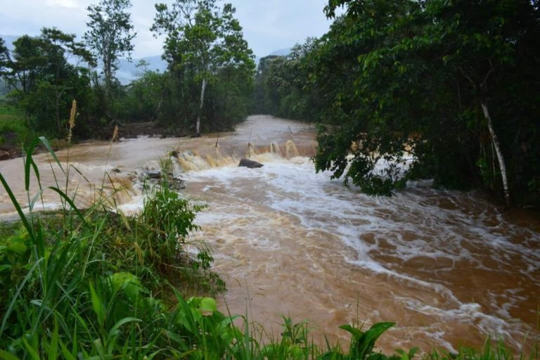 Las aguas de los ríos Wawaime y Quimi han sufrido los efectos de la minería.Foto: Comunidad Amazónica de Acción Social Cordillera del Cóndor Mirador (Cascomi).