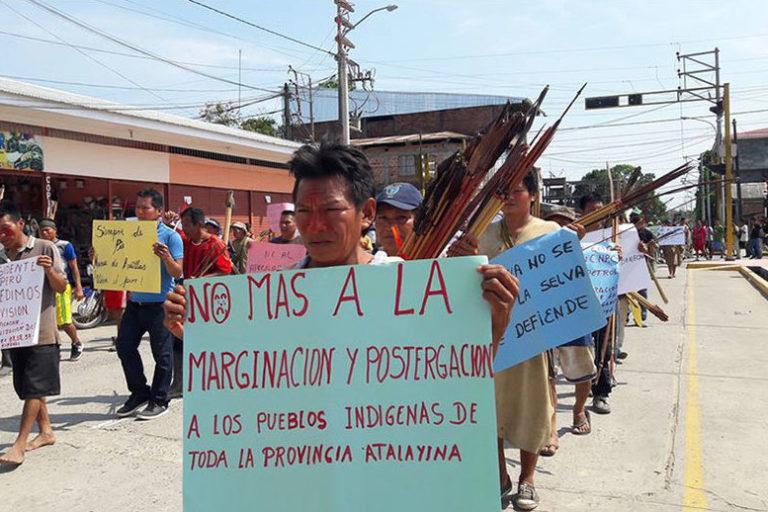 Comunidades indígenas de Atalaya marchan por las calles de la ciudad durante paro indefinido. Foto: Gaceta Ucayalina.