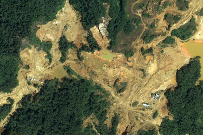 Más de 20 000 imágenes de deforestación de bosques fueron registradas durante el operativo Harpía. Foto: CEVAN – Fuerza Aérea del Perú.
