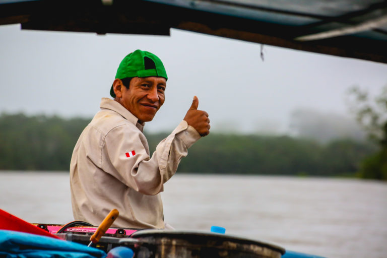 El ganador del premio Carlos Ponce del Prado en la categoría de Guardaparque Ilustre conversó con Mongabay Latam sobre su vida y su historia como guardián de la biodiversidad en Perú. Foto portada: Servicio Nacional de Áreas Naturales Protegidas por el Estado (Sernanp)