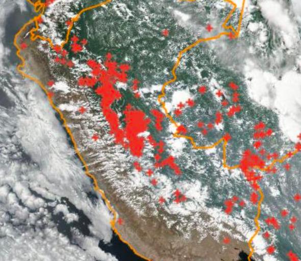Focos de calor monitoreados por el Instituto de Investigaciones Espaciales (INPE). La información es actualizada cada tres horas. Fuente: COEN.