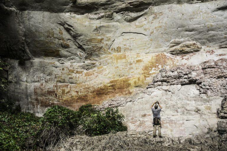El arte rupestre que se encuentra en el Parque Chiribiquete fue una de las razones para que lo declararan patrimonio mixto de la humanidad. Foto: Parques Nacionales Naturales de Colombia.