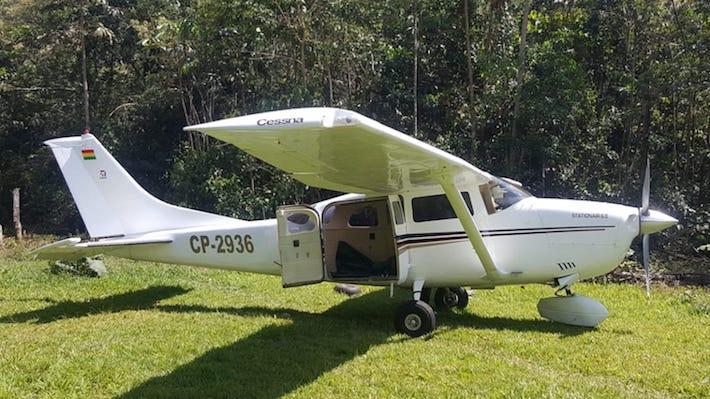 En octubre de 2018, una avioneta del narcotráfico de placa boliviana fue hallada dentro del Parque Nacional Bahuaja Sonene. Foto: Dirección Antidrogas de la Policía Nacional.