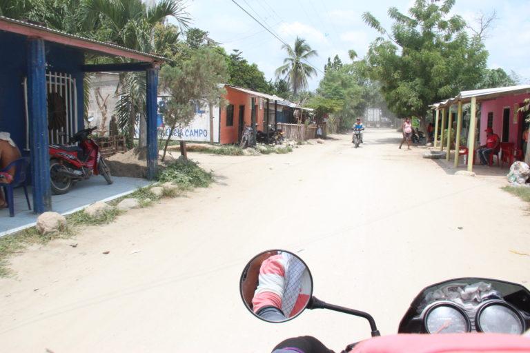 Corregimiento de Orihueca en el municipio de Zona Bananera en el departamento caribeño de Magdalena. Foto: Alejandro Ballesteros.