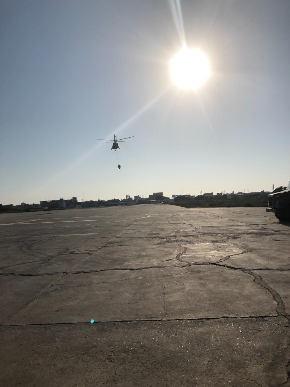 Fue necesaria el apoyo por vía aérea para apagar el fuego en el Bosque de Pómac. Foto: Ejército del Perú.