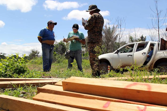 Decomiso en la carretera Yapacani-San Carlos. Foto: ABT.