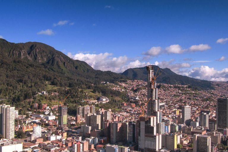 Los cerros orientales en el sur de Bogotá. Foto: Flickr - Juan Carlos Pachón.