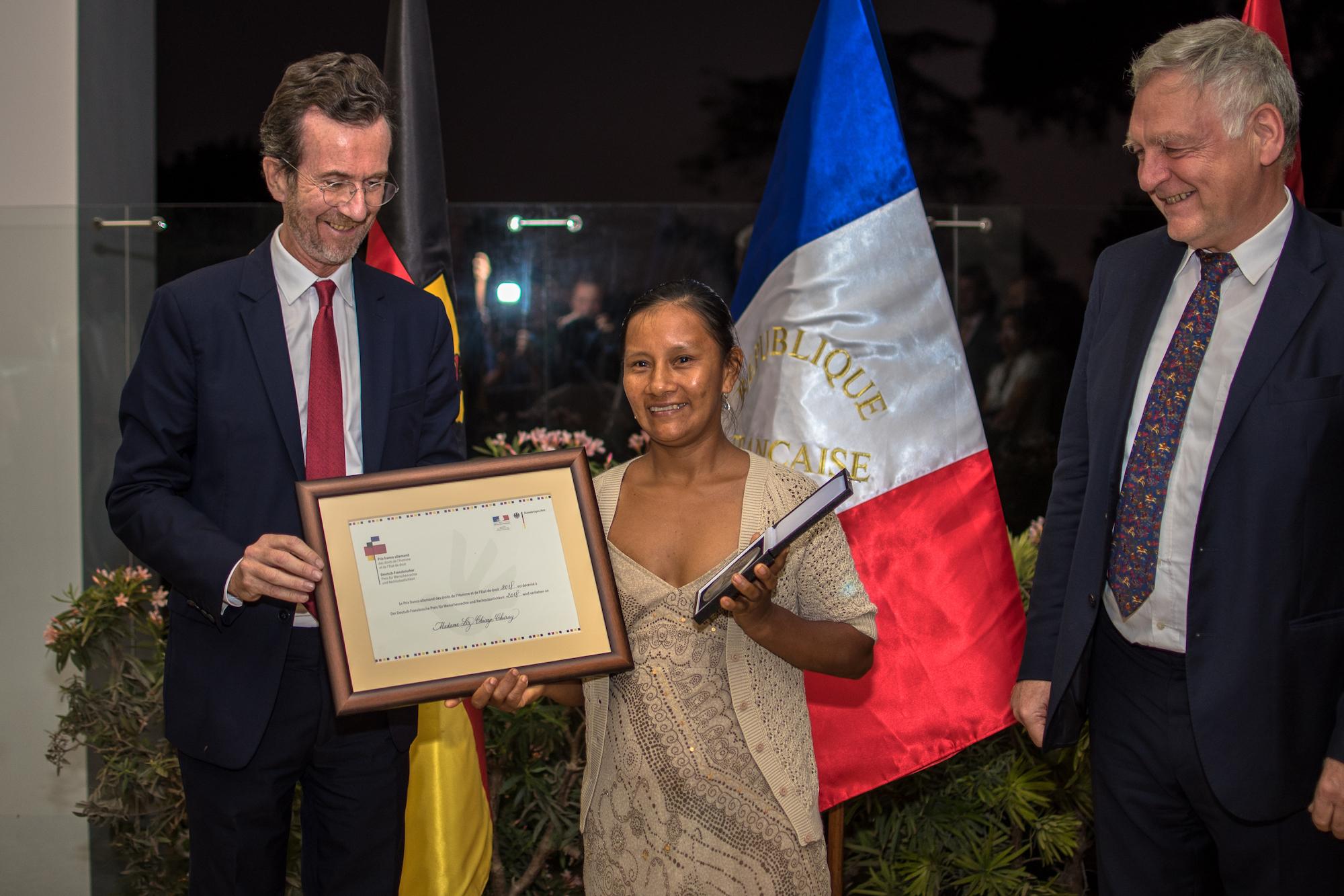 La peruana Liz Chicaje ha sido una de las principales impulsoras de la creación del Parque Nacional Yaguas. También ha sido dirigente de una federación indígena que reúne 14 comunidades. Foto: Javier Fernández-Maldonado/FZS Perú.