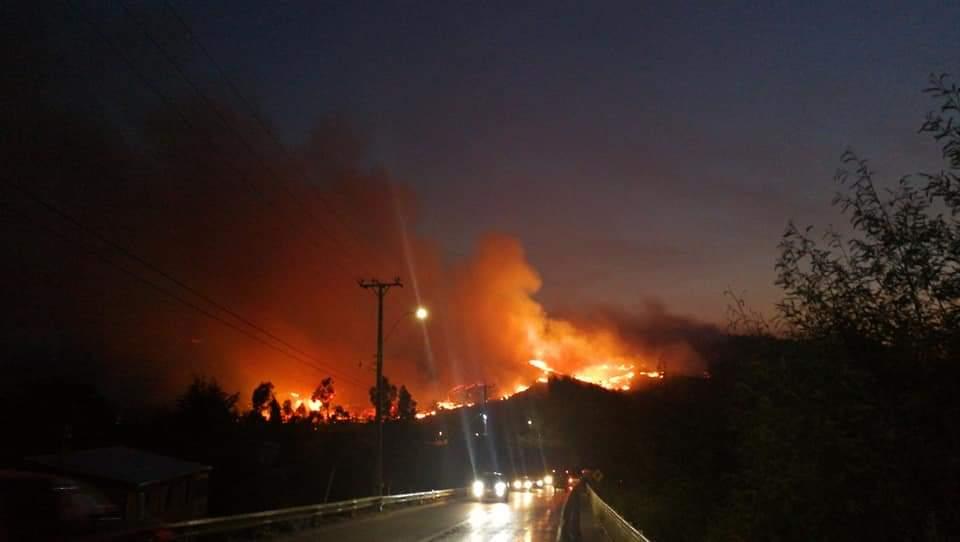 Sector Montebello. Noche de Domingo 3 de febrero. Foto: Delfín Valenzuela