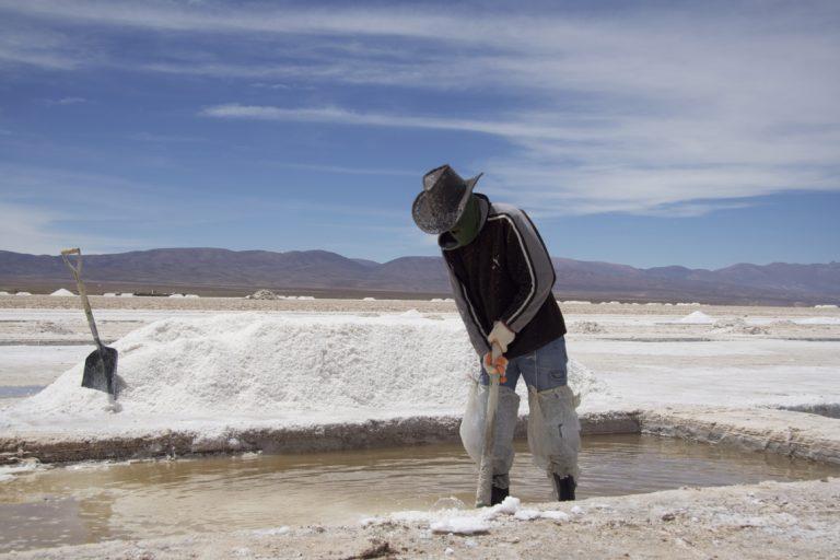 La explotación a gran escala de litio es una preocupación en Argentina. Foto:Rodolfo Chisleanschi.