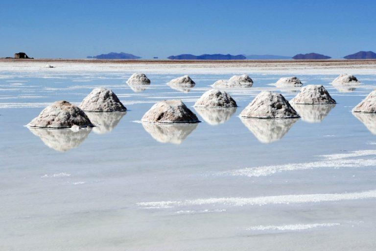 El salar de Uyuni es una de las reservas más grandes del mundo de litio. Foto: El Deber.