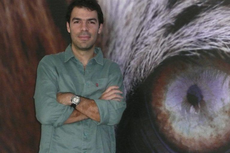 El biólogo nacido en Cali es uno de los especialistas más renombrados en la conservación del jaguar. Foto: Nathalie Regnier