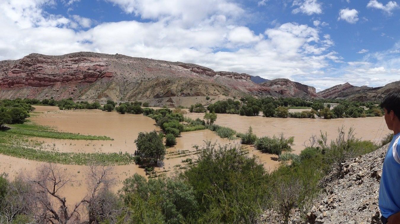 Casi 20 mil hectáreas de campos de cultivo han resultado afectadas por las inundaciones. Foto: Defensa Civil.