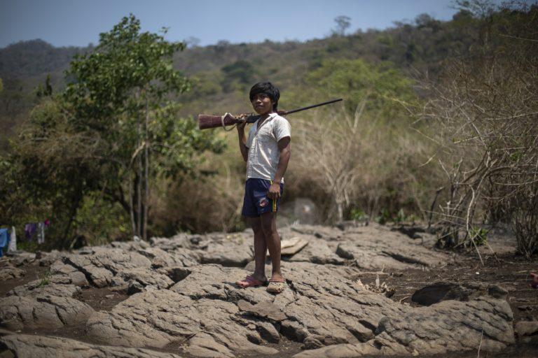 La población Yukpa ha sido sufrido el conflicto armado en Colombia. Han sido víctimas de las guerrillas de las FARC, el ELN y paramilitares. Foto: Esteban Vega La-Rotta / Semana Sostenible.