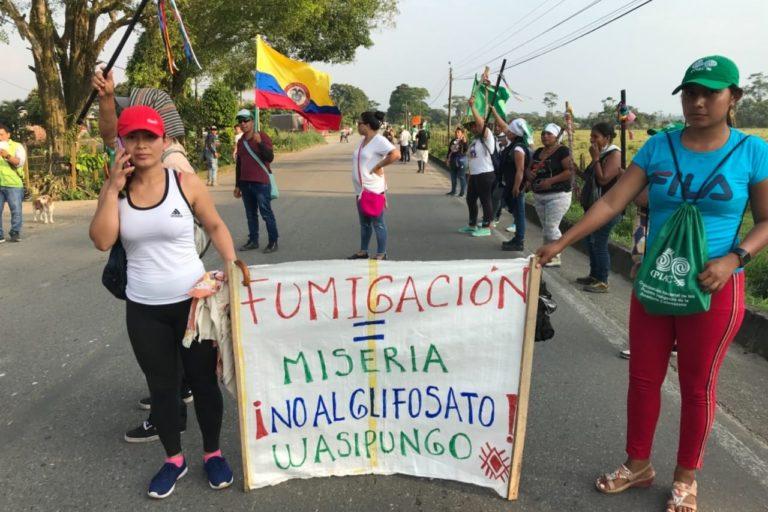 La minga indígena se opone a la fumigación con glifosato y al fracking en sus territorios. Foto: Robinsón López, coordinador de Derechos Humanos de la Opiac.