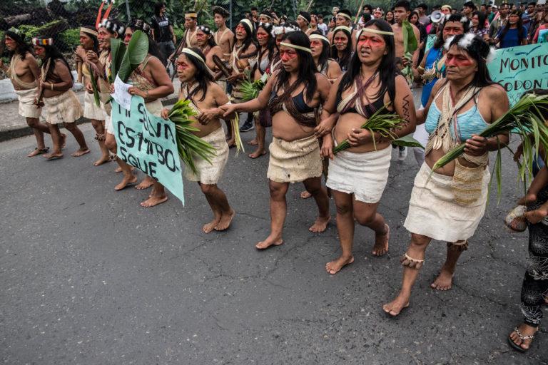 Marchas en la ciudad de Puyo. Foto: Mitch Anderson / Amazon Frontlines.