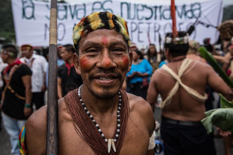 Indígena Waorani. Foto: Mitch Anderson / Amazon Frontlines.