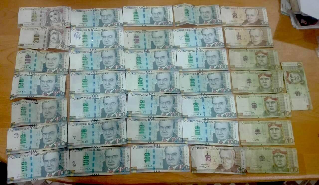 Durante el allanamiento de los inmuebles, la Policía y la Fiscalía encontraron 30 000 soles en efectivo. Foto: Fiscalía de la Nación.