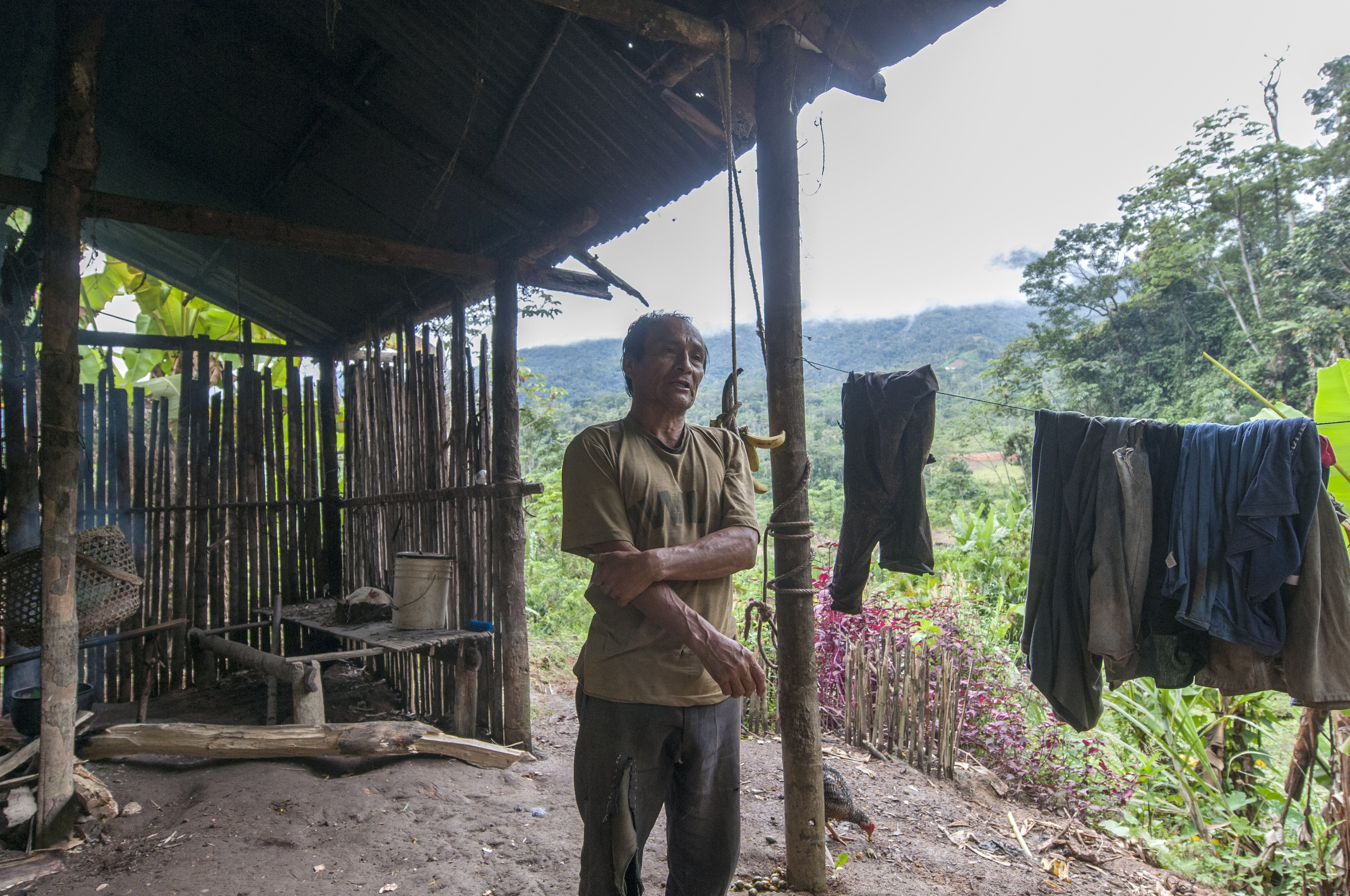 Los habitantes de Tundayme están preocupados por el agua del río y su futuro desvío para el proyecto minero Mirador. Foto: Segundo Espín / Revista Vistazo.