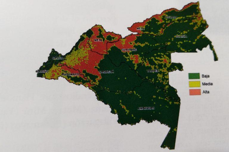 Departamentos y zonas de baja, media y alta densidad de focos de calor entre 2016 y 2018 en la Amazonía colombiana. Mapa: Uriel Murcia y Samuel Otavo - SINCHI.