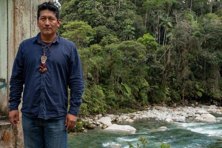 Christian Aguinda, presidente del Pueblo Originario de la Nacionalidad Kichwa del Cantón Santa Clara (PONAKICSC). Foto: Ríos Libres.