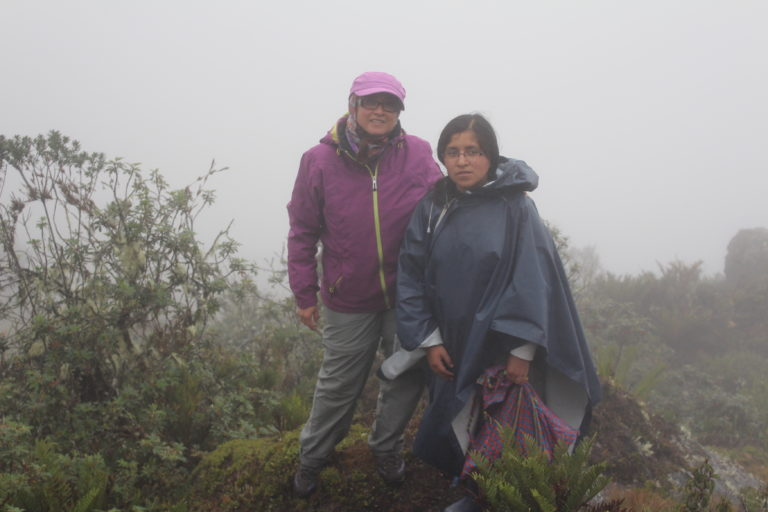 Mujeres en la ciencia. Los bosques altoandinos son el principal campo de estudio de Claudia Segovia. Foto: Claudia Segovia.