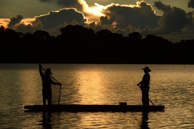 Conservación Magdalena Medio. Pescadores de Bocas del Carare. Foto: Mauricio 'El Pato' Salcedo – WCS Colombia.
