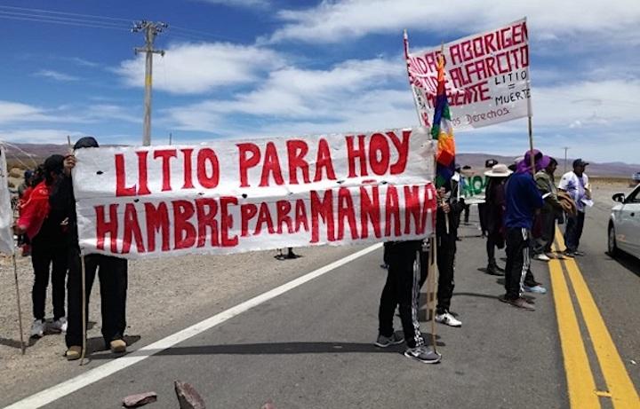 litio en Sudamérica Comunidades Argentinas protestan contra la explotación de litio. Foto: elsubmarinojujuy.com.ar