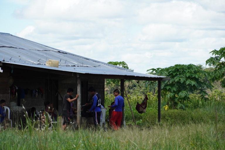 Indígenas guayaberos Meta. Familia Jiw del resguardo Caño La Sal. Foto: María Fernanda Lizcano.