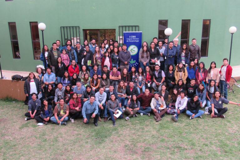James Aparicio con los asistentes al Primer Congreso Boliviano de Herpetología, realizado en La Paz en el 2018. Foto: Archivo personal.