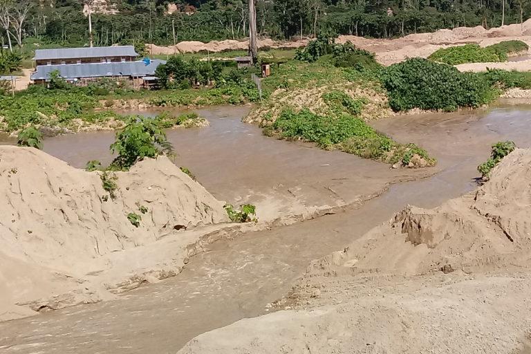 minería en Puerto Inca Autoridades forestales de Huánuco constataron la devastación causada por la minería de oro. Foto: ATFFS Puerto Inca.