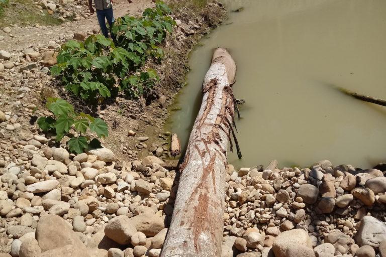 Un panorama de destrucción y contaminación se observa en los proyectos mineros de Puerto Inca. Foto: ATFFS Puerto Inca.