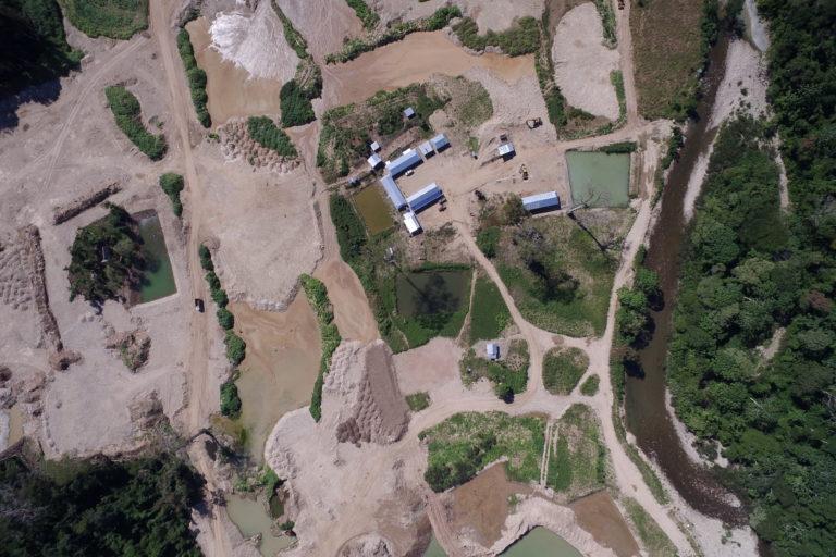 minería Puerto Inca Imágenes captadas por un dron en la concesión minera Inca Dorado 2 durante la inspección de la autoridad forestal de Puerto Inca. Foto: ATFFS Puerto Inca.
