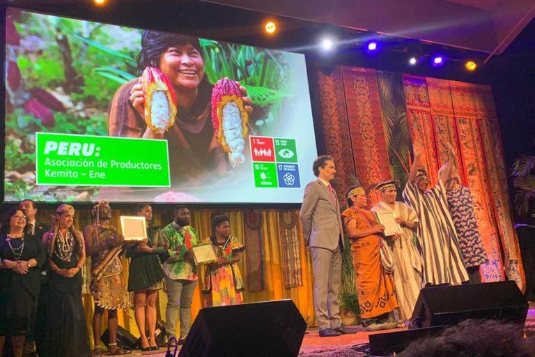 La Asociación Kemito Ene recibió el Premio Ecuatorial 2019 durante Cumbre por el Clima. Foto: Kemito Ene.