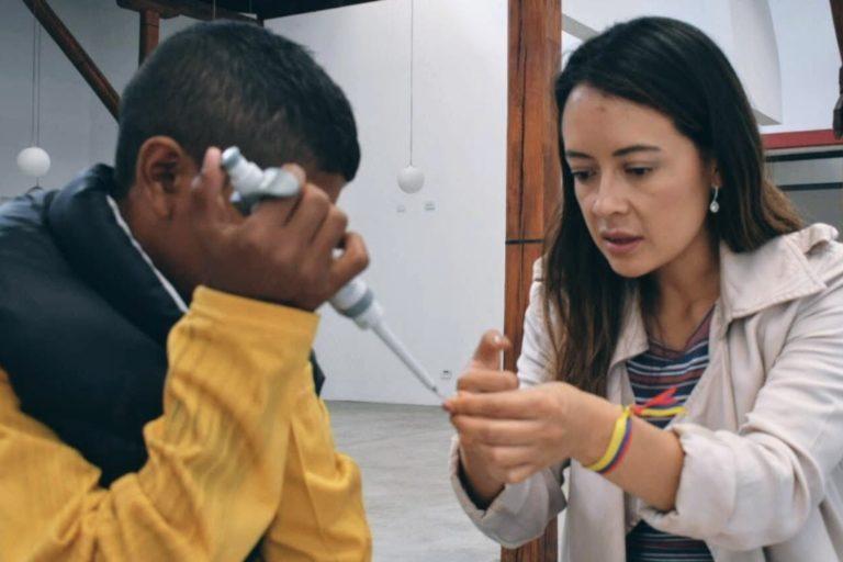 Microbiología e ingeniería. Linda Guamán se ha dedicado a la biología sintética. Foto: Linda Guamán.