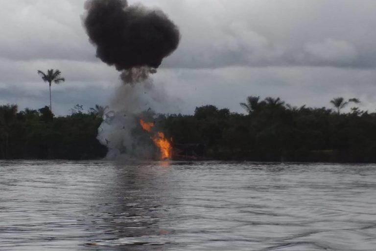 La minería ilegal también se ha instalado en el río Nanay, en Loreto. Foto: FEMA Loreto.