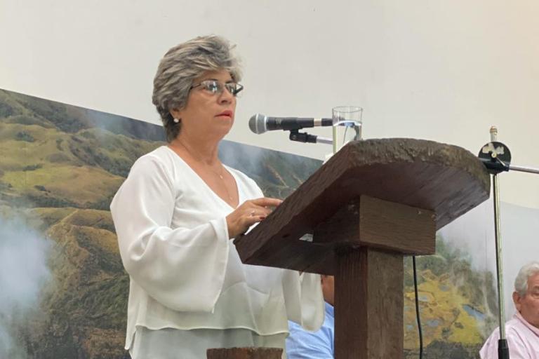 Hidroeléctrica Rositas Ministra del Ambiente y Agua, María Elva Pinckert. Foto: Ministerio del Ambiente y Agua.