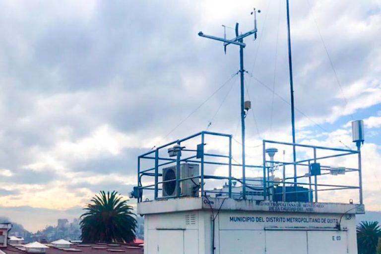 Menor contaminación del aire por coronavirus. La Secretaría de Ambiente del Municipio de Quito tiene nueve estaciones automáticas en la Red de Monitoreo Atmosférico. Fotografía cortesía de Rasa Zalakeviciute.