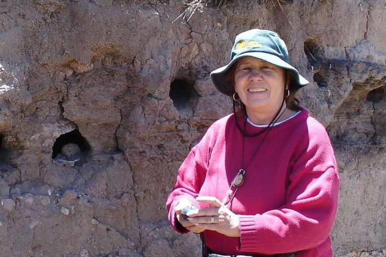 Irma Franke ha recorrido los bosques peruanos para estudiar a las aves. Foto: Facebook Irma Franke.