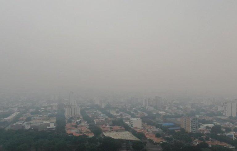 Calidad del aire y coronavirus. Una bruma densa ha cubierto a Cúcuta durante varios días. Foto: Twitter.
