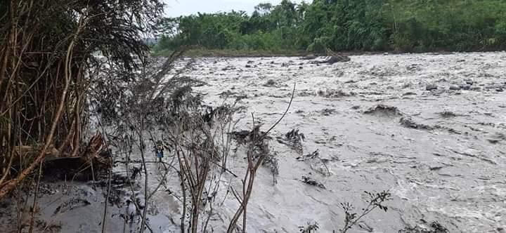 Cascada San Rafael. La comunidad de Panduyacu fue una de las primeras que vio las manchas de petróleo en el río Coca. Foto: comunidad de Panduyacu.