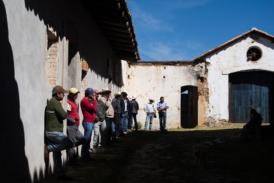 Ejidatarios de Cruz de Ocote, en Puebla, México. Foto: Marlene Martínez
