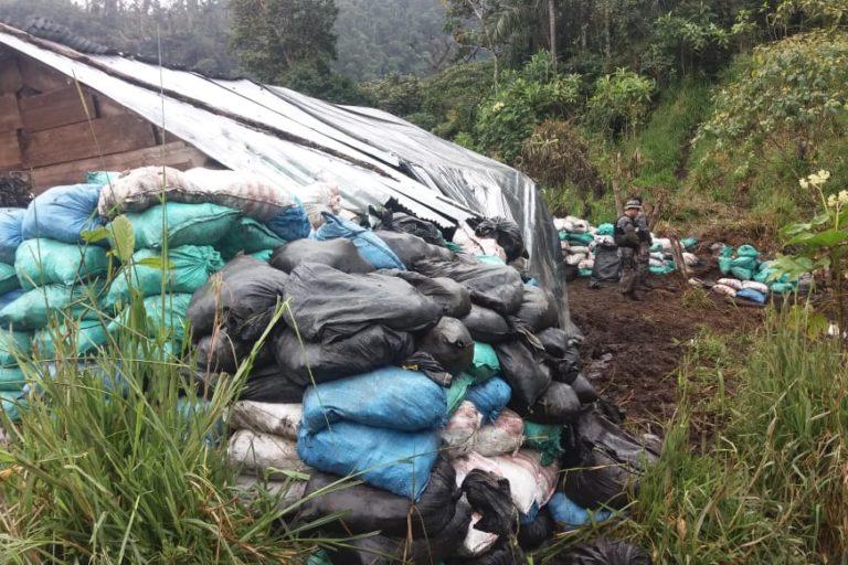 Mineria en Ecuador. La actividad minera ilegal se ha intensificado en la emergencia sanitaria en la parroquia Buenos Aires en Imbabura. Fotografía de Arcom.