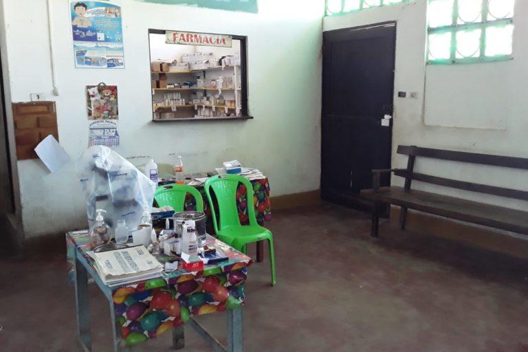 En el centro de salud de Bellavista de Callarú se comparten ambientes para las distintas áreas. Foto: Omar Montes.