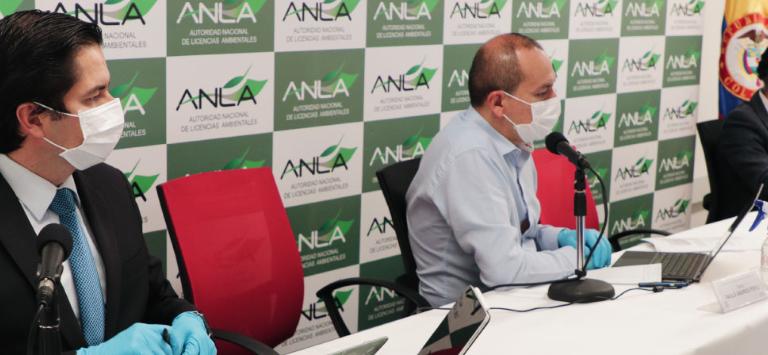 Audiencias públicas virtuales. Funcionarios del gobierno durante las reuniones informativas virtuales para modificar el plan de manejo ambiental para la aspersión aérea con glifosato: Foto: Anla.
